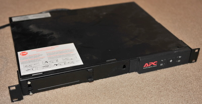 APC rack mount computer UPS model PS450