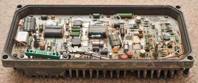 Military radio amplifier assy for parts N 16797644 has TRW PT9732 and BLY94 transistors and others
