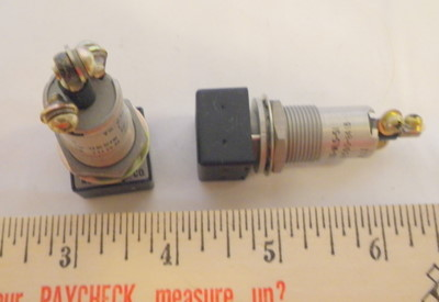 Aircraft 6210-00-117-5308 LIGHT INDICATOR, Indicator